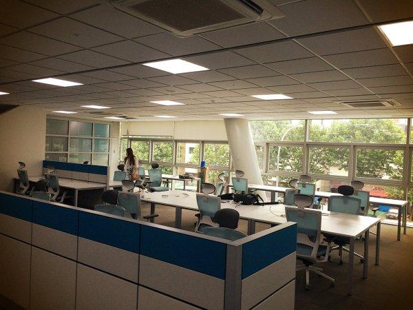 네 번째 사무실 / 사업그룹 공간 (반포, 2014년 6월 - 현재)