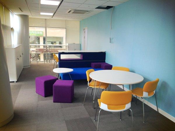 네 번째 사무실 / 휴게 공간 (반포, 2014년 6월 - 현재)